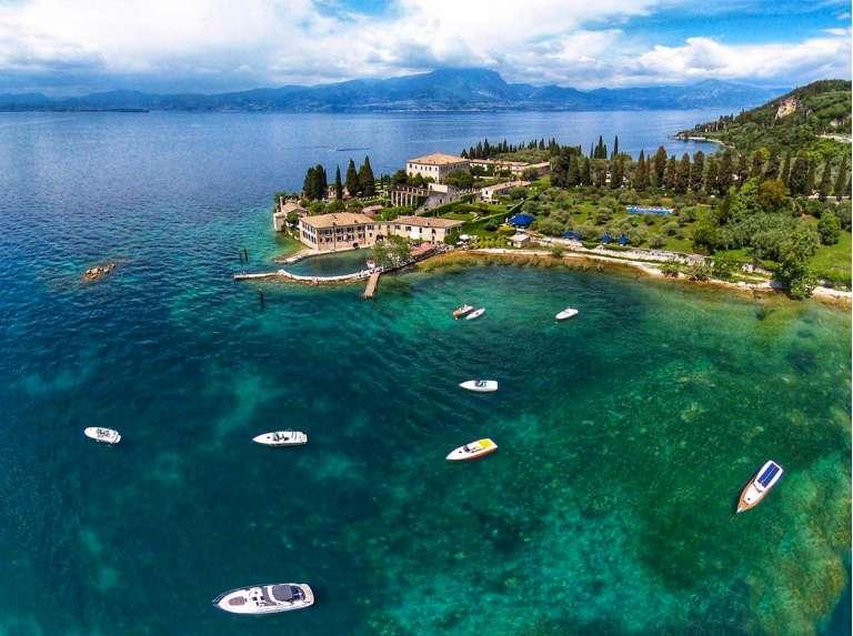 A romantic boat trip on Lake Garda